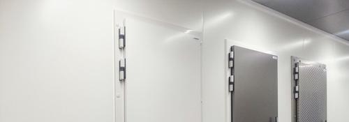 isomasters_hinged_cold_room_door_België