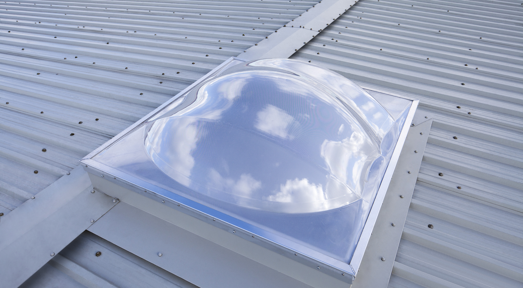 What is polycarbonate roof panels? worx wx255l