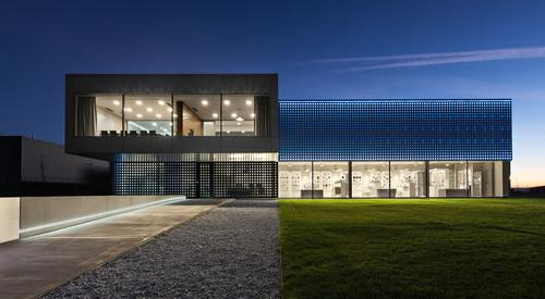 Style Plus, Litomyšl, Česká republika, Designwall Evolution, Závesná odvetrávaná fasáda