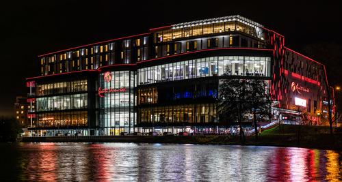 ProjectPhoto_ResortsWorld_01_BuildingInnovation_UK