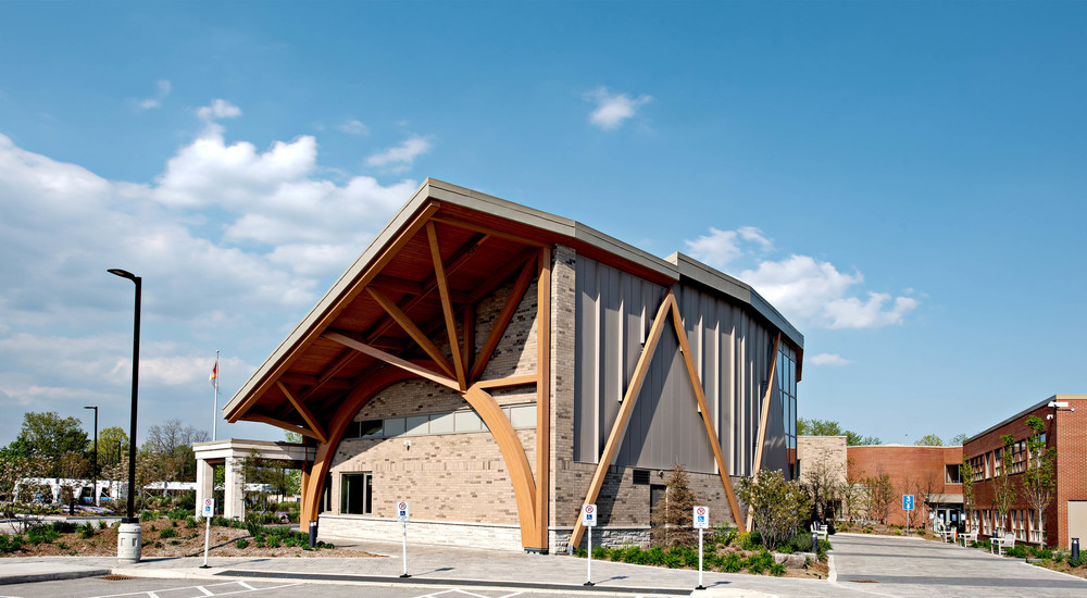 Toronto_Montessori_School_Richmond_Hill_ON_02_KSMR_KSMF_AFB_CA