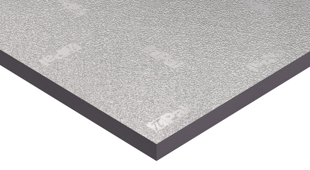 Panel fenólico de Kingspan PalDuct con un revestimiento de papel de aluminio repujado