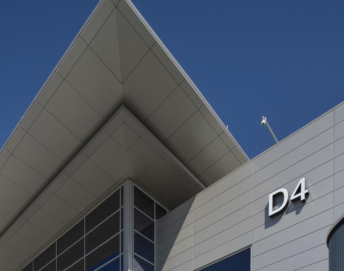 Nashville_International_Airport_Concourse_D_Nashville_TN_19_DW4000_US