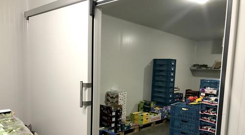 isomasters_De_Smet_industrial_panels_sliding_cold_room_door_Ruiselede_België(3)