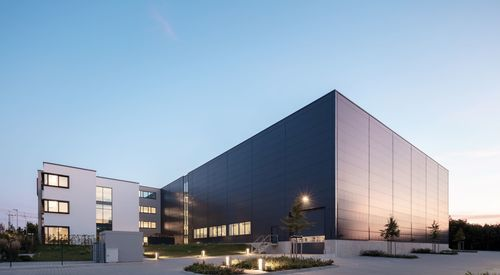 Sandwichpaneele Wand 2019 Kingspan AWP QuadCore Schweitzer Chemie