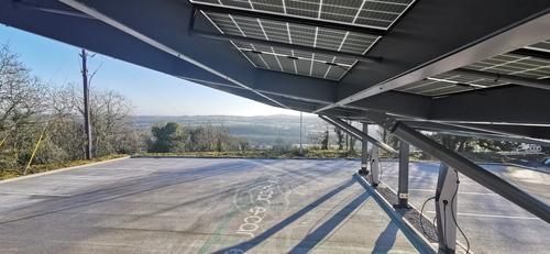 Kingspan_IKON_Solar_Car_Port_EVBox2