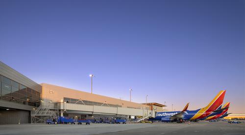 Nashville_International_Airport_Concourse_D_Nashville_TN_06_DW4000_US