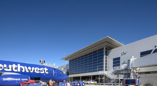 Nashville_International_Airport_Concourse_D_Nashville_TN_12_DW4000_US