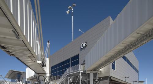 Nashville_International_Airport_Concourse_D_Nashville_TN_14_DW4000_US