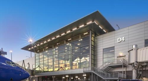 Nashville_International_Airport_Concourse_D_Nashville_TN_25_DW4000_US