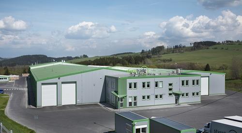 Styrotrade, KS1000 FF, KS1000 RW, KS1150 FR, KS1000 TF, střešní panely, stěnové panely, zateplení fasády, zateplení střechy, Kingspan izolační panely