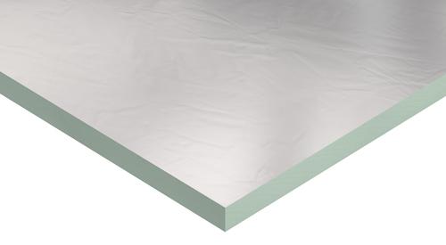 Panel PIR PalDuct de Kingspan con un revestimiento liso de aluminio.