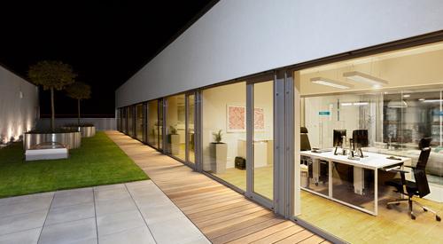 Rainscreen facade, Suspended ventilated facade, Benchmark Kingspan, Benchmark Karrier (Mesh), Designwall Evolution