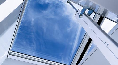 Kingspan_skylight dome comfort plus-linear drive_Image_DE_01