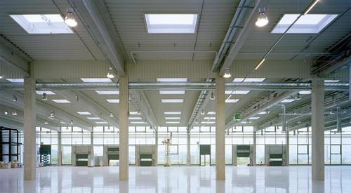 Kingspan_skylight dome classic PC-st-AeroTech-from below_Image_DE