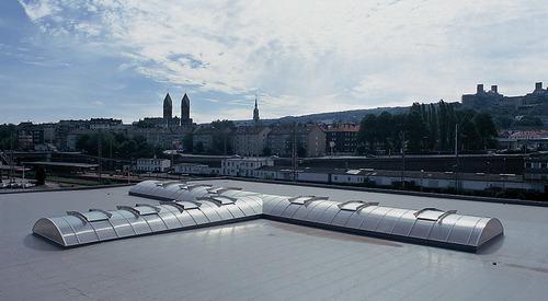 Kingspan_rooflight classic_flap_Image_DE_2