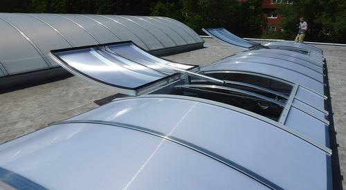 Kingspan_NSHE pneum-rooflight classic plus-flap_Image_DE_06