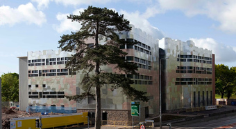 Kingspan Architectural Facades Systems BML400 fixed Project - UWIC Western Ave Image