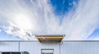 Sandwichpaneele Dach und Wand Lagerhalle in Meckenbeuren