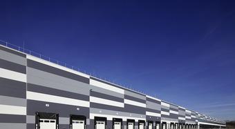 Sandwichpaneel Wand Kingspan_Logistikgebäude_LIDL_Speyer_KS1150_FR_TF_Mineralwolle_IPN_PIR_Gewerbebau