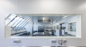 2017_Isomasters_Isothermische Deuren_PVC Ramen_Huitrière Eole_Brussel_België