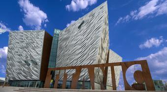 Titanic Belfast actúa como embajador del Kooltherm empleando el aislamiento en las paredes y el piso