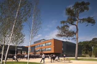 Kingspan Architectural Facades Systems Interlocking Plank Project - EASTWOOD SCHOOL GLASGOW UK Image